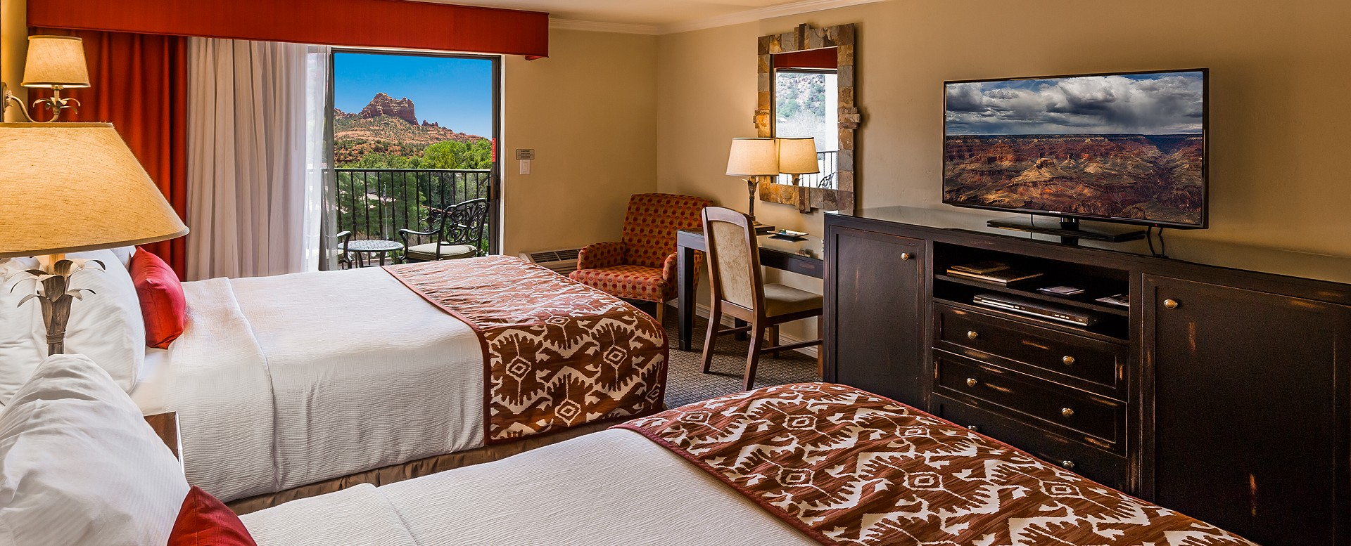 Best Western Plus Arroyo Roble Hotel - Standard Double Queen Guestroom